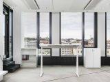 Klasický kancelářský nábytek - Výškově nastavitelné a polohovací stoly